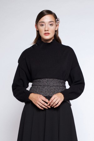 AMIA SWEATER BLACK