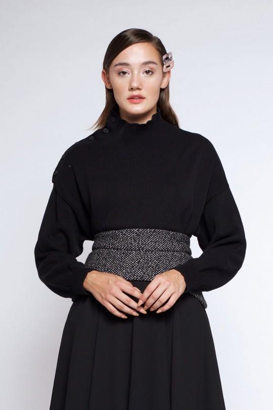 AMIA SWEATER BLACK
