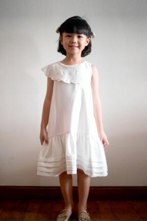 AIMEE WHITE DRESS GIRL (PRE ORDER)